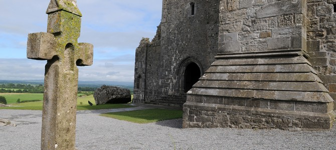 Rock of Cashel – Cork – Blarney Castle & Stone – Kinsale
